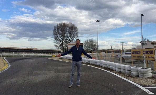 Jenson-Button-sur-les-terres-de-ses-exploits-en-Karting